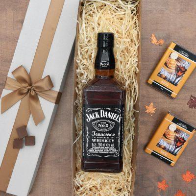 Jack Daniel's Gift Set With Chocolate Caramels | Hamper World