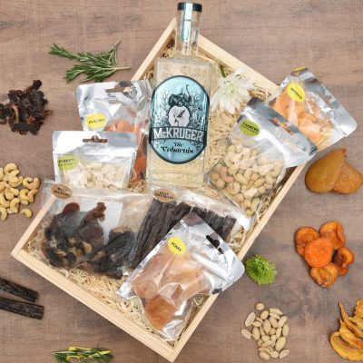 McKruger Die Voelstruis Gin Hamper With Snack Overload | Hamper World