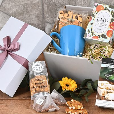 LMC Tea Hamper With Sweets | Hamper World