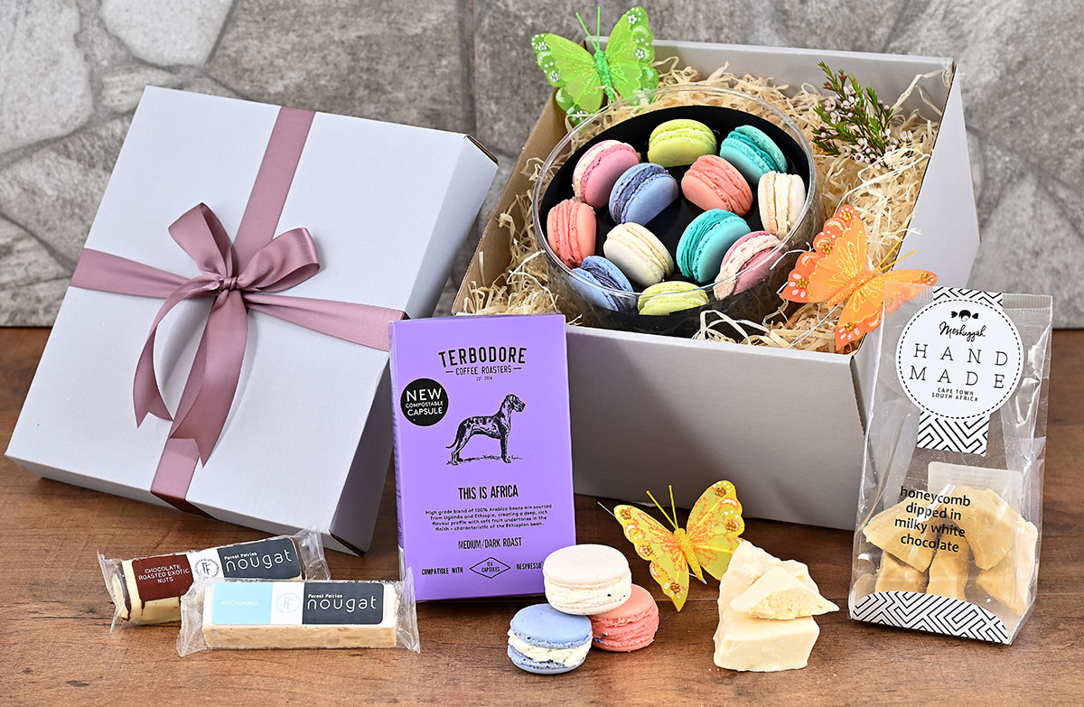Macaroons Gift Hamper | Hamper World