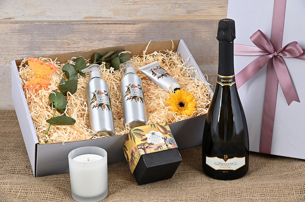 Sartori Prosecco African Rose Pamper Hamper | Hamper World