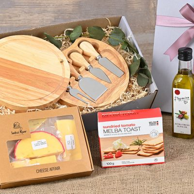 Flippenice Cheese Hamper | Hamper World