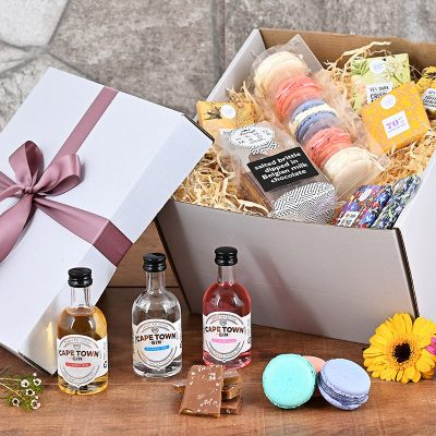 Triple Gin Macaroons Hamper | Hamper World