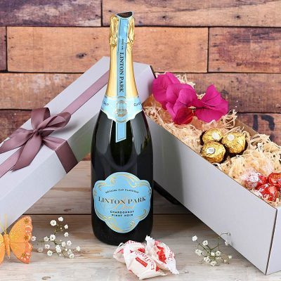 Linton Park Bubbly Hamper with Chocolates | Hamper World