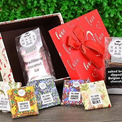 Romantic Box With Sweets | Hamper World