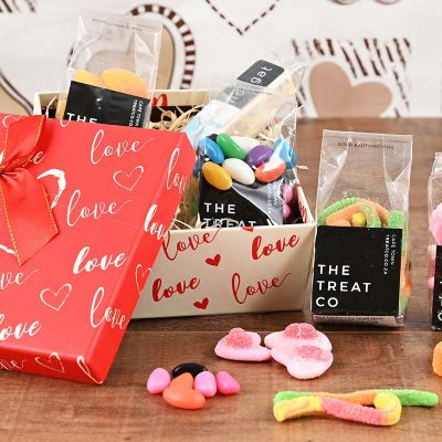 Romantic Box of Sweets | Hamper World