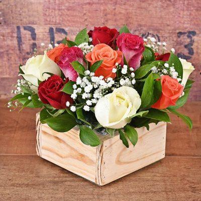 13 Mixed Roses in Wooden Box | Hamper World Florist