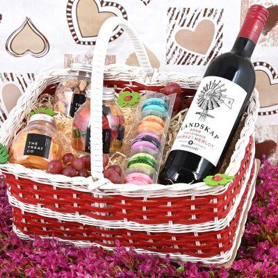 Landskap Wine Basket With Sweets | Hamper World